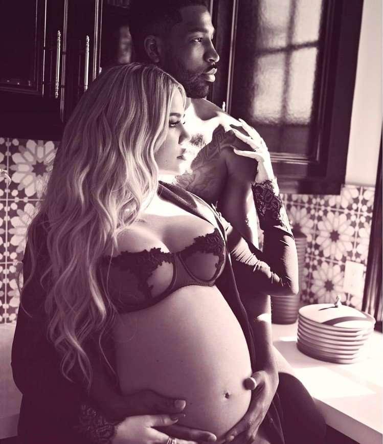Минус 15 кг: Хлои Кардашьян показала фигуру после родов