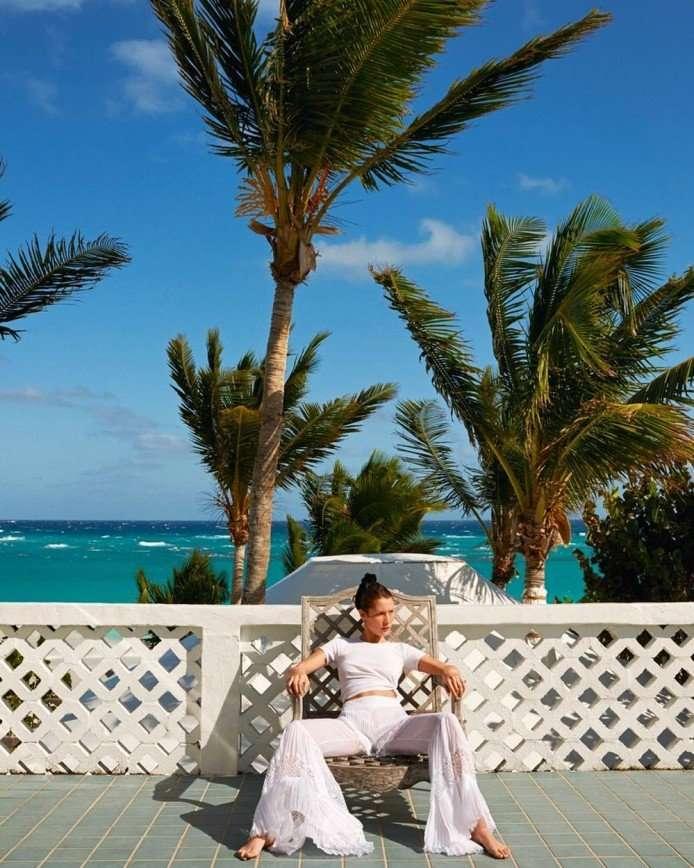 «Это шутка?»: Рианну назвали самой стильной звездой года