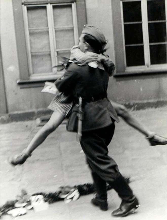 Любовь и война