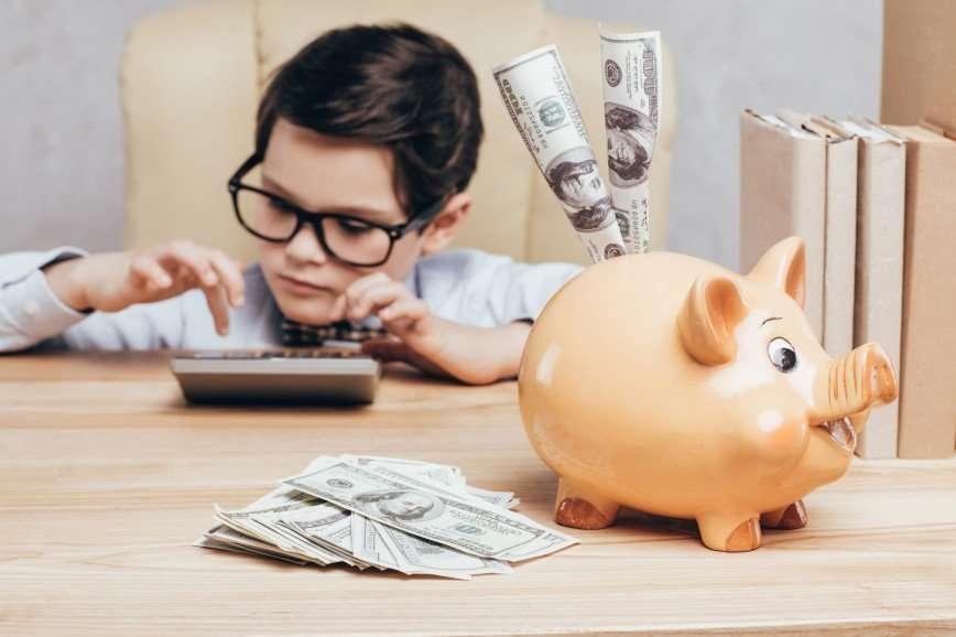 38 попугаев: как научить ребенка обращаться с деньгами?