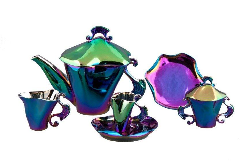 Коллекция фарфора, построенная на эффекте отражения света